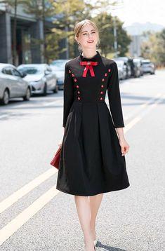 Iranian Women Fashion, Muslim Fashion, Hijab Fashion, Fashion Dresses, Simple Dresses, Casual Dresses, Shorts Longs, Dress Neck Designs, Blouse Designs