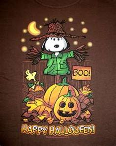 Snoopy and Happy Halloween Snoopy Halloween, Charlie Brown Halloween, Charlie Brown Et Snoopy, Fröhliches Halloween, Adornos Halloween, Halloween Quotes, Halloween Pictures, Holidays Halloween, Vintage Halloween
