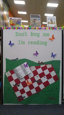 "reading/spring bulletin board idea ""dont bug me I'm. Summer Bulletin Boards, Reading Bulletin Boards, Bulletin Board Display, Classroom Bulletin Boards, Display Boards, Reading Boards, Preschool Bulletin, Library Themes, Library Book Displays"