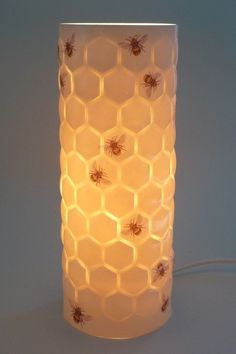 y'all know I want this thing so bad!---So in love with this Porcelain lamp with bee and honeycomb design I Love Bees, Bee Art, Contemporary Table Lamps, Estilo Retro, Bee Theme, Bee Happy, Save The Bees, Bees Knees, Queen Bees