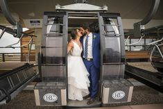 We love when couples use the ski lifts on their big days! (Photography: @twoonephotography, @vanessatwoonephotography | Planner: Sweetly Paired  | Florist: Olive and Poppy)