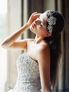 Sparkly bridal headpiece by @Robin Headley ATELIER by LIV HART | photo by @Laura Jayson Gordon