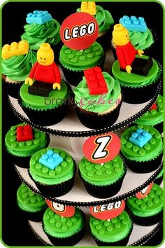 Lego Cupcakes,Xavier would love these!
