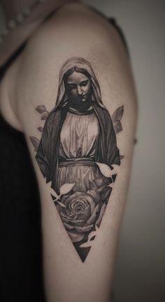 tattoos for guys * tattoos for women ; tattoos for women small ; tattoos for moms with kids ; tattoos for guys ; tattoos with meaning ; tattoos for women meaningful ; tattoos on black women ; tattoos for daughters Dope Tattoos, Body Art Tattoos, Small Tattoos, Sleeve Tattoos, Tattoos For Guys, Jesus Tattoo Sleeve, Mens Tattoos, Tattoo Moon, Bee Tattoo