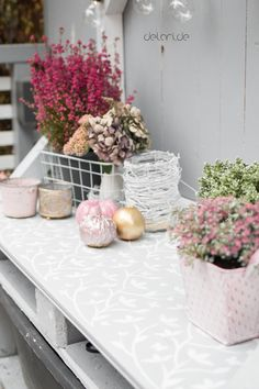 Pflanztisch DIY - upcycling - delari Diy Upcycling, Diy Projects, Backyard, Table Decorations, Plants, Outdoor, Home Decor, Instagram, Decorating Ideas
