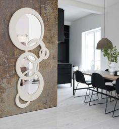 Speil modell CADENA. www.mirame.no #speil #stue #soverom #gang #bad #innredning #møbler #norskehjem #mirame #pris #nettbutikk #interior #interiør #design #nordiskehjem #kunstpåveggen #butikk #oslo #norge #norsk #påveggen #bilde #speilbilde #cadena