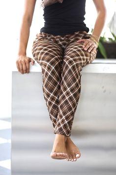 Legs For Days, Capri Pants, Leggings, Chocolate, Fashion, Moda, Capri Trousers, Fashion Styles, Chocolates