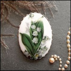 Milk Glass Pin Vintage Lily of the Valley Flower Brooch 1960s