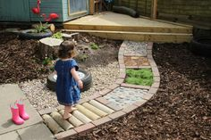 Sensory garden path--great idea for toddlers. - Sensory garden path–great idea for toddlers. Kids Outdoor Play, Outdoor Play Spaces, Outdoor Learning, Backyard For Kids, Garden Kids, Diy Garden, Small Garden Ideas For Toddlers, Gardens For Kids, Kids Garden Playhouse