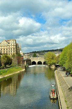 View of Pulteney Bridge on the Avon from North Parade Bath Somerset England