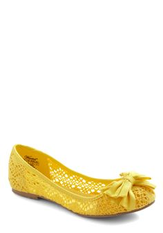 Crochet by Me Flat. Signify that everything is fine and dandy when you head downtown in these fun lemon flats! #yellow #modcloth