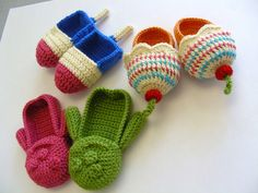 NEED to buy the patterns and make these! So cute. I'm sure you'll agree..