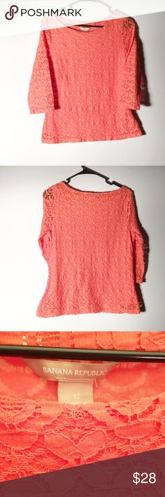 Banana republic size 12 blouse Gorgeous too! 3/4 sleeves! Zipper closure on the side! Banana Republic Tops Blouses