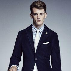 Plaid shirt, solid tie