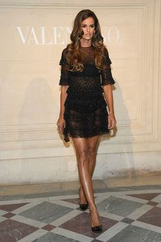 Izabel Goulart Photos - Izabel Goulart attends the Valentino Haute Couture Spring Summer 2019 show as part of Paris Fashion Week on January 2019 in Paris, France. Izabel Goulart, Sartorialist, Victoria Secret Fashion Show, Haute Couture Fashion, Fashion Models, Style Fashion, Pretty Dresses, Celebrity Style, Paris Fashion