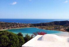 Sette giorni all'insegna di mare e relax nel magnifico scenario della costa nord di Pantelleria - con colazione, noleggio auto o scooter e voli inclusi.