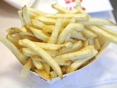 Frites légères au thermomix Crock Pot Recipes, Vegetarian Crockpot Recipes, Vegetarian Chili, Potato Recipes, Salty Foods, Vegetable Dishes, Healthy Dinner Recipes, Entrees, Food And Drink