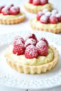 Raspberry Vanilla Bean Cream Tarts 17 Delicious Mini Tarts And Pies That Prove Size Isn't Everything Just Desserts, Delicious Desserts, Yummy Food, Gourmet Desserts, Plated Desserts, French Desserts, French Food, Sweet Pie, Sweet Tarts