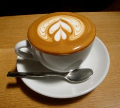 learn how to do latte art: on my bucket list!