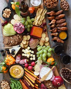 Do your appetizers cater more to those watching the game (wings🍗, beer🍺, pretzels🥨) or to those watching the half-time show (wine🍷, cheese🧀, chocolate🍫)?  We try to have something for everyone… #superbowlsnacks #gamedaysnacks