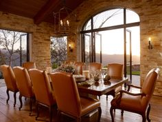 yes, i would love to sit down for dinner in this napa valley dining room.