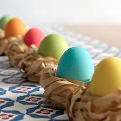 Six fun & fast Easter centerpieces to make (why waste time?)