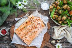 Hel laxsida med rostad potatissallad Biscotti, Camembert Cheese, Dairy, Bread, Food, Brot, Essen, Baking, Meals