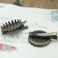 10pcs Antique Brass  Hair Clips  with  25mm Crown  by ministore, $2.95
