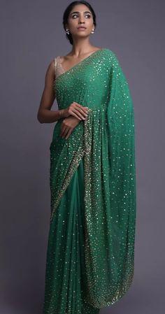 Saree Gown, Sari Dress, Chiffon Saree, Golden Saree, Golden Blouse, Simple Sarees, Saree Trends, Stylish Sarees, Elegant Saree