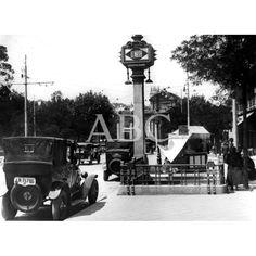 1933. Boca en la Puerta de Alcalá. De Madrid al cielo: Álbum de fotografías y documentos históricos. - Urbanity.cc