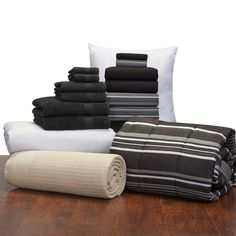Amazon.com: 16 Piece Student Starter Pak - Twin XL College Dorm Bedding and Bath Set (Color: Black and Black Easton): Home & Kitchen