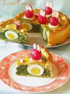 Culorile din farfurie: Tarta Pascala - spinach quiche with inbaked eggs and radish bunnies :-D - recipe in Romanian Easter Recipes, Holiday Recipes, Easter Ideas, Spinach Quiche, Radish Recipes, Good Food, Yummy Food, Romanian Food, Easter Brunch