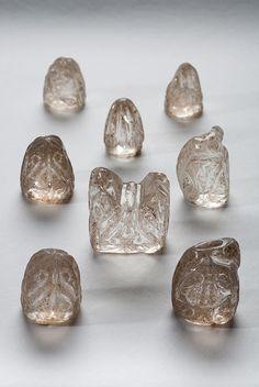 Reinos de Taifas. Piezas de ajedrez en cristal, sel siglo XI. Museo da Catedral de Ourense.