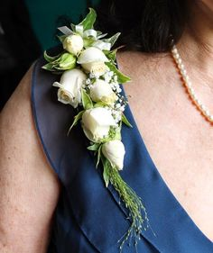 Example of Mother of the Bride corsage. I would like to use the same flowers and foliage as the bouquet. Colors should include ivory and gold. White Wedding Bouquets, Bride Bouquets, Floral Wedding, Wedding Flowers, Wedding Corsages, Trendy Wedding, Bracelet Corsage, Corsage And Boutonniere, Boutonnieres