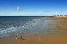 Deserted Blackpool Bank Holiday Beach by Simon Verrall, via Flickr