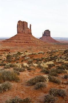 Monument Valley Utah, Arizona Usa, Road Trip, Destinations, Van, Landscape, World, Places, Artist