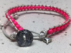 Neon pink glass pearl and silver leather bracelet Simple Bracelets, Wrap Bracelets, Organza Gift Bags, Pearl Beads, Leather Cord, Heart Charm, Silver Color, Washer Necklace, Neon