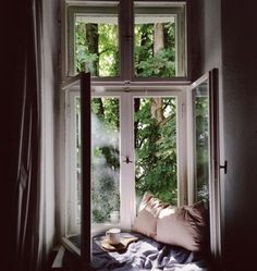through the window Interior And Exterior, Interior Design, Interior Paint, Through The Window, House Goals, Design Case, Design Design, Design Ideas, My New Room