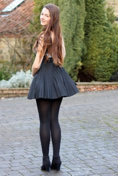 Fashion inspired by the people in the street ootd look outfit sexy high heels legs woman girl babe wear wearing skirt miniskirt Pantyhose Outfits, Black Pantyhose, Black Tights, Nylons, Black Socks, Tight Dresses, Sexy Dresses, Dress Outfits, Dress Shoes