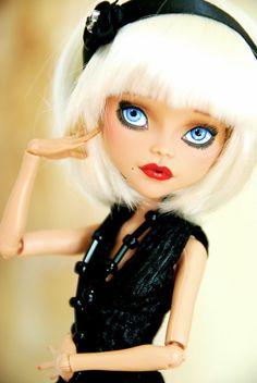 Custom Monster High Cleo de Nile Flapper OOAK Repaint & wigged asking $150 on Ebay