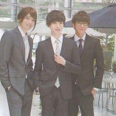 またまたこの3人〜♡ この人たちプラス新木優子ちゃん、、、 なにこのビジュアル高めのドラマとってもたのしみ #重要参考人探偵 #玉森裕太 #小山慶一郎 #古川雄輝