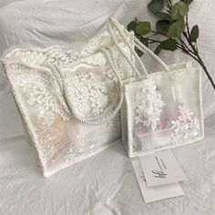 Diy Pencil Case, Lace Bag, Bead Embroidery Patterns, Bridal Clutch, Satchel Handbags, Handmade Bags, Fashion Bags, Purses And Bags, Vintage Ladies