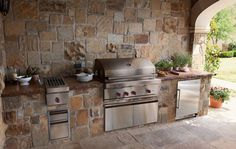 Outdoor Kitchen Appliances | Sub-Zero & Wolf Appliances