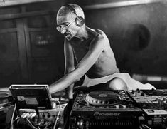 DJ Gandhi rock out and relaxing to #housemusic
