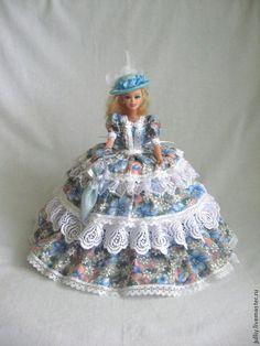 Шкатулки ручной работы. Ярмарка Мастеров - ручная работа. Купить Кукла шкатулка. Handmade. Кукла в подарок, куклы текстильные, поплин Crochet Barbie Patterns, Crochet Doll Dress, Doll Dress Patterns, Crochet Doll Clothes, Barbie Clothes, Barbie Dolls, Sewing Case, Dress Card, Decoupage Box