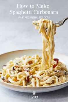 A signature dish here at Pasta Evangelists, our carbonara pasta recipe is simple, comforting and incredibly indulgent. Always wondered how to make carbonara suace or how to make carbonara pasta? Our carbonara recipe, might not be the most authentic Pasta Carbonara, How To Make Carbonara, Carbonara Recept, Homemade Pasta, Carbonara Recipe Cream, Simple Sauce For Pasta, Cream Sauce For Pasta, Al Dente, Recipes