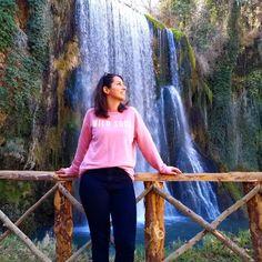 Este fin de semana he estado de fin de semana rural con amigos. Nos hemos alojado en Munébrega y hemos visitado el Monasterio de Piedra, una maravilla de la naturaleza esculpida a base de agua. ¿Conoceis este rincón de Zaragoza?   #munebrega #zaragoza #monasteriodepiedra #cascada #waterfall #parquenatural #naturaleza #nature #senderismo #findesemana #escapada #weekend #trip #viaje #photooftheday #traveler #femmetravel #dametraveler #womenwhoexplore #iamtb #cyltb #bcntb