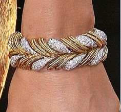 Celebrities who use a Lorraine Schwartz Yellow Gold and Diamond Bracelet. Also discover the movies, TV shows, and events associated with Lorraine Schwartz Yellow Gold and Diamond Bracelet. Diamond Bracelets, Gold Bangles, Bangle Bracelets, Lorraine Schwartz, Rose Jewelry, Gold Jewellery, Modern Jewelry, Jewelry Collection, Designer