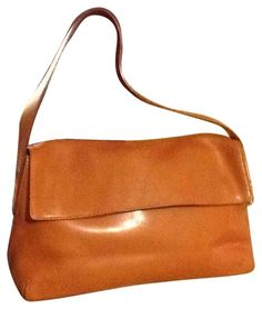 22d110e415ad Get one of the hottest styles of the season! The Francesco Biasia Italian  Leather Tan Tote Bag is a top 10 member favorite on Tradesy.