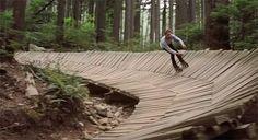 Freeride sobre patines en línea en los senderos de North Shore (Canadá)